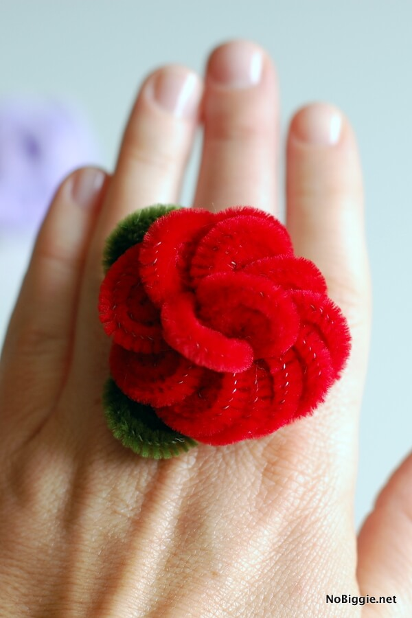 Pipe Cleaner Flowers for Kids A Rose Finger Ring From Pipe Cleaner
